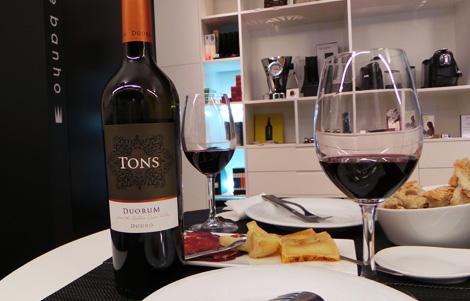 vinho-tons-duorum-bebespontocomes
