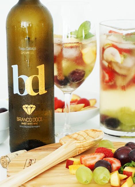 sangria-branco-doce-tiago-cabaco-wines-bd-somos-gulosos-bebespontocomes