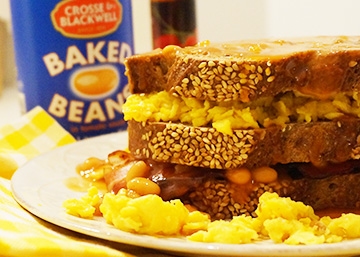 english-breakfast-sandwich-baked-beans-receita-bebespontocomes