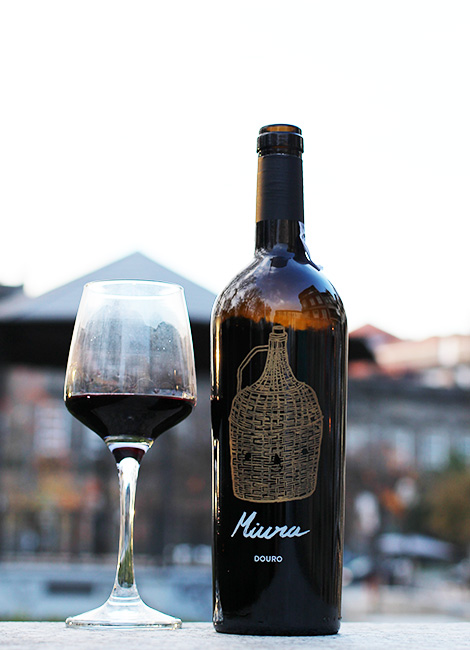 vinho-douro-miura-quinta-de-tourais-bebespontocomes