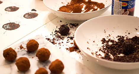 receita-trufas-tamaras-cacau-chocolate-filipa-gomes-prato-dia-24kitchen-vinho-popa-doce-tinto-bebespontocomes