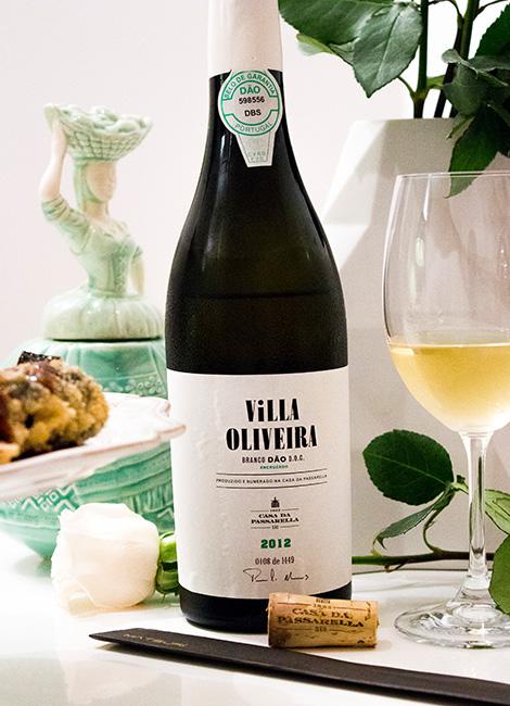 vinho-casa-passarella-villa-oliveira-2012-encruzado-amor-e-dia-namorados-rosas-dao-bebespontocomes