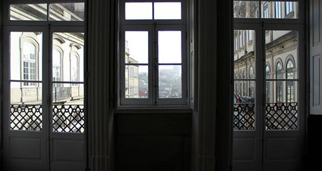 quarto-cale-guest-house-porto-hostel-palacio-bolsa-centro-vinho-dao-ribeiro-santo-et-aliens-bebespontocomes
