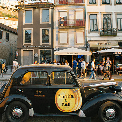 vintage-carro-antigo-taberninha-manel-ribeira-gaia-porto-douro-bebespontocomes