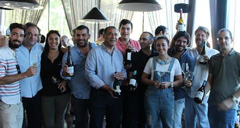 ambiente-wine-sessions-bebespontocomes-prova-vinhos-aveiro-bebes-comes-festa-foto-grupo
