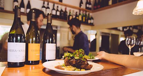 o-antigo-carteiro-restaurante-porto-quinta-santiago-vieira-sousa-bebespontocomes-comida-rabo-de-boi