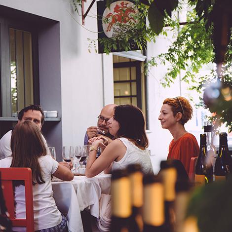 o-antigo-carteiro-restaurante-porto-quinta-santiago-vieira-sousa-bebespontocomes-ctt
