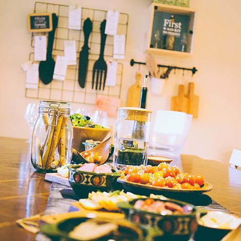 bbq-wine-food-bebespontocomes-bebes-comes-feeling-grape-porto-evento-vinho-dao-jantar-musica-entradas-comidas-tapas