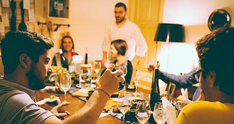 rectangular-bbq-wine-food-bebespontocomes-bebes-comes-feeling-grape-porto-evento-vinho-dao-jantar-musica-ambiente