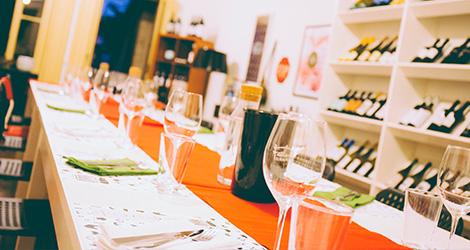 rectangular-bbq-wine-food-bebespontocomes-bebes-comes-feeling-grape-porto-evento-vinho-dao-jantar-musica-decor-sala