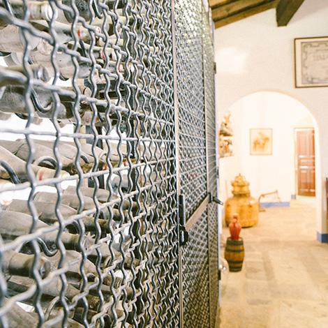 vinhos-velhos--vinho-j-jose-sousa-2011-adega-jose-maria-da-fonseca-janela-indiscreta-bebespontocomes