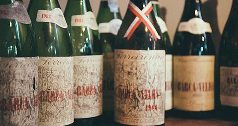 garrafas-foto-la-famiglia-barca-velha-prova-vertical-vinho-douro-casa-ferreirinha-2004-2000-1999-1995-1991-1985-1983-1982-1981-1978-1966-1965-1964-bebespontocomes