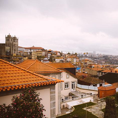 terraco-sunset-vista-romance-de-novela-coracao-douro-sic-real-companhia-velha-vinho-branco-2014-hotel-flores-village-porto-rua-hostel-bebespontocomes