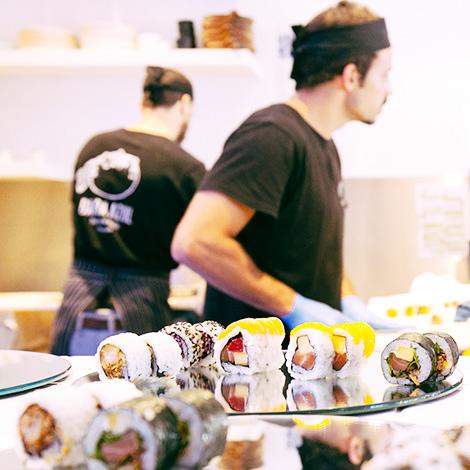 quadrada-kitchen-restaurante-sushi-barba-azul-praia-barra-aveiro-bebespontocomes