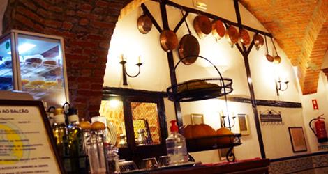 taverna-conjurados-espaco-bebespontocomes