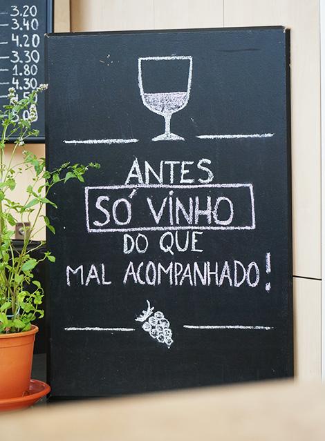 vinoteca-frase-mercado-gourmet-bom-sucesso-porto-bebespontocomes