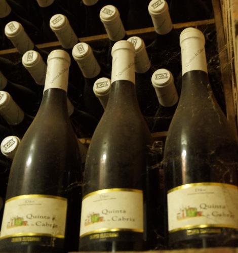 vinho-quinta-cabriz-2000-bebespontocomes