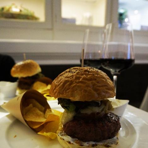 melhor-hamburguer-largo-trindade-bistro-cem-maneiras-bebespontocomes