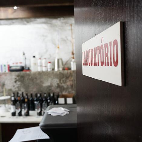 laboratorio-1912winemakers-vinho-piorro-encosta-bocho-douro-quinta-sao-bernardo-bebespontocomes