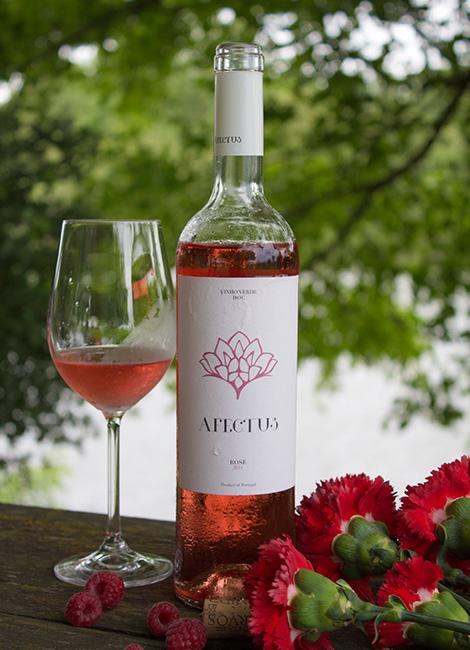 vinho-quinta-de-curvos-rose-verde-afectus-abril-2014-bebespontocomes