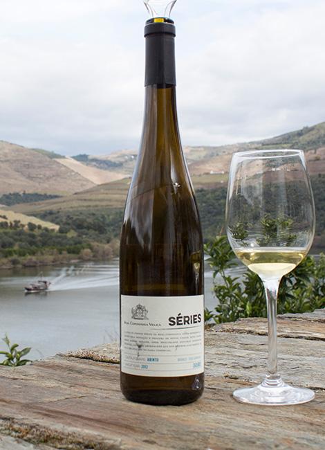 vinho-series-douro-real-companhia-velha-arinto-2012-rio-barco-rabelo-quinta-carvalhas-pinhao-bebespontocomes