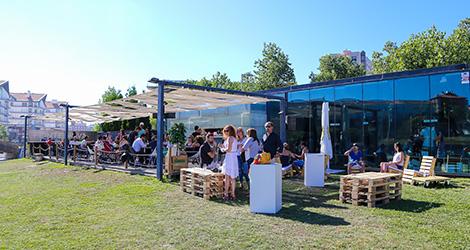 ambiente-wine-sessions-bebespontocomes-prova-vinhos-aveiro-bebes-comes-festa-fonte-nova-esplanada