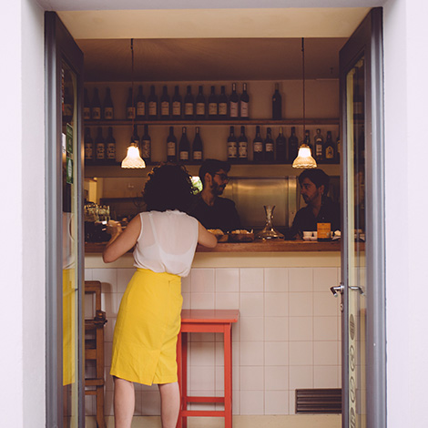 o-antigo-carteiro-restaurante-porto-quinta-santiago-vieira-sousa-bebespontocomes-bar