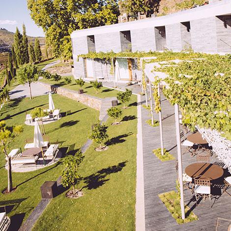 quinta-do-vallado-wine-hotel-douro-inspiracao-arquitectura-vista-quarto-bebespontocomes