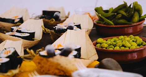 apresentacao-vinho-bebes-comes-bebespontocomes-galeria-dama-aflita-porto-wine-dao-lucia-freitas-art-iustracao-andre-da-loba-bebespontocomes-sushi-ruy-leao-shika-shiko
