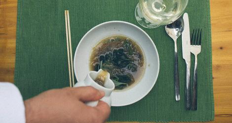 ilha-dos-puxadoiros-tony-martins-ostras-sushi-ria-aveiro-sal-salinas-salicornia-bebespontocomes-sopa-servir