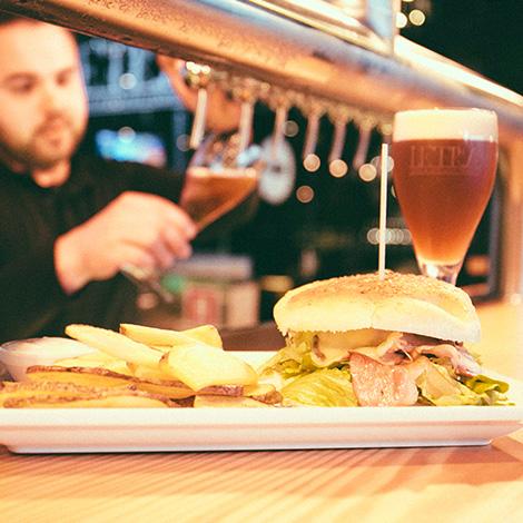 food-letraria-cerveja-artesanal-minhota-letra-vila-verde-braga-brewery-brewpub-pub-beer-fabrica-bebespontocomes