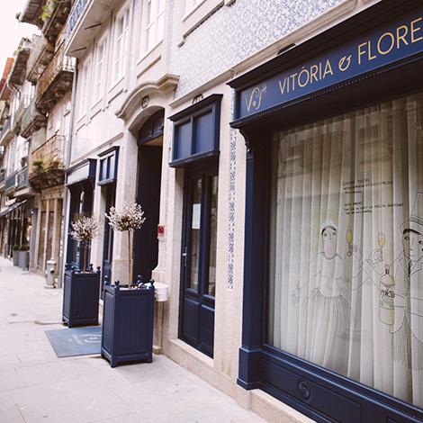 frente-romance-de-novela-coracao-douro-sic-real-companhia-velha-vinho-branco-2014-hotel-flores-village-porto-rua-hostel-bebespontocomes