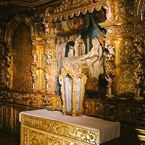 princesa-santa-joana-quarto--vinho-santos-da-casa-alentejo-grande-reserva-2010-museu-aveiro-de-casa-para-o-convento-bebespontocomes