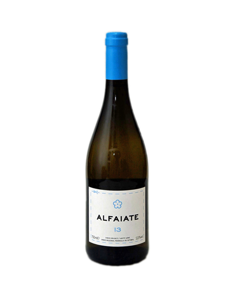 the-fresh-short-list-garrafa-alfaiate-portocarro-2013-vinho-setubal-bebespontocomes