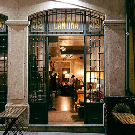 quadrada-fachada-restaurante-cantina-32-porto-rua-das-flores-bar-chef-luis-americo-bebespontocomes