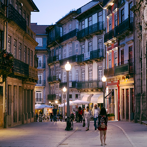 quadrada-passeio-restaurante-cantina-32-porto-rua-das-flores-bar-chef-luis-americo-bebespontocomes