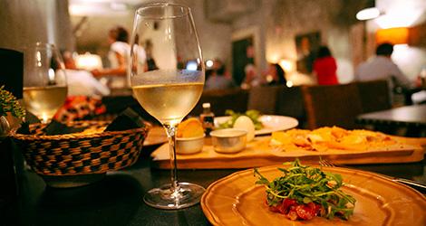 rectangular-vinho-restaurante-cantina-32-porto-rua-das-flores-bar-chef-luis-americo-bebespontocomes