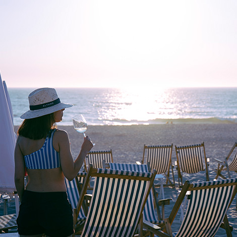 quadrada-por-do-solreggae-style-vinho-altano-branco-2015-douro-praia-costa-nova-sunset-bebespontocomes